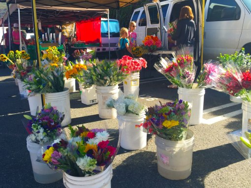 farmers-market-flowers_forweb