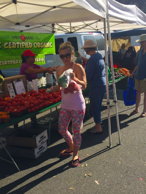 loryn-at-farmer's-market_forweb